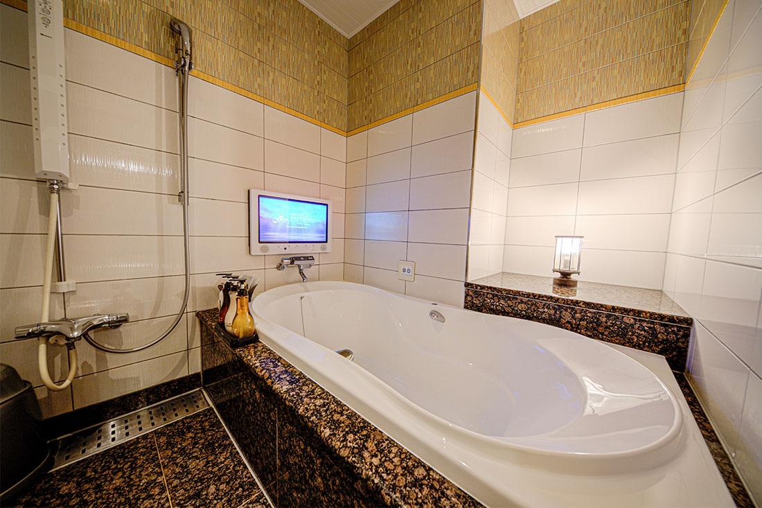 コンフォートルーム 213 バスルーム
