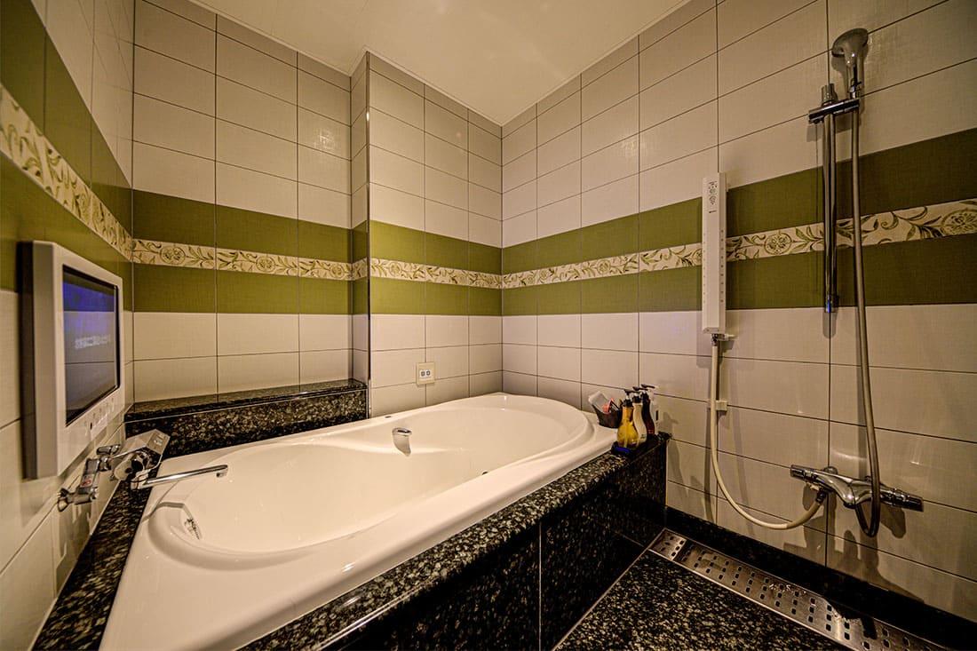 デラックスルーム 407 バスルーム