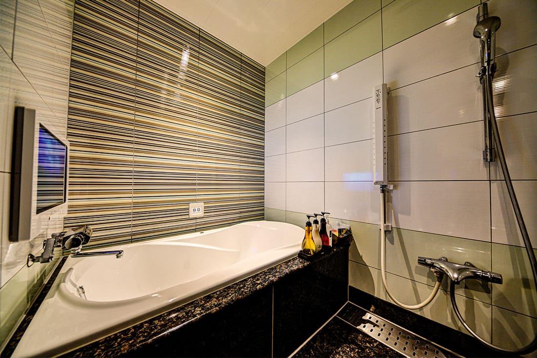 デラックスルーム 410 バスルーム
