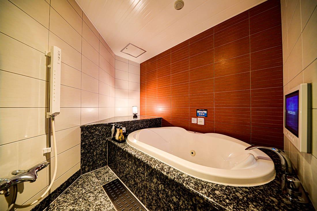ハイフロアルーム 305 バスルーム