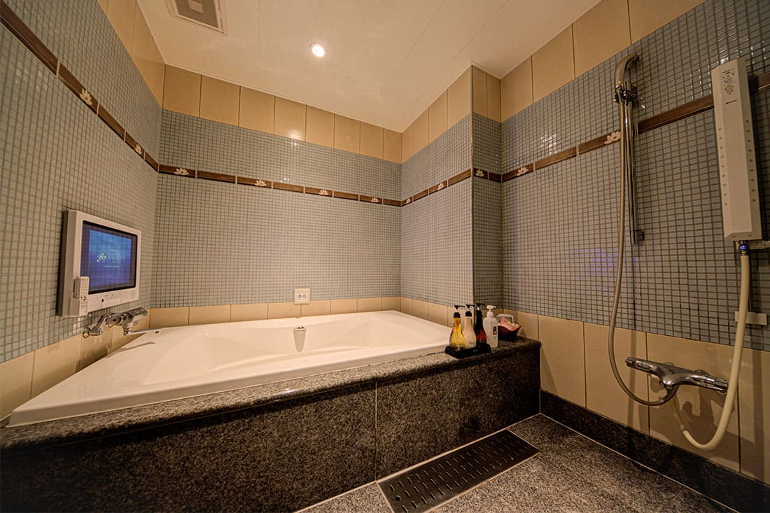 スーペリアルーム 206 バスルーム