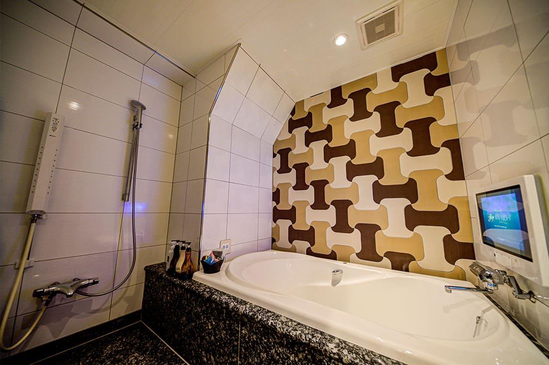 スーペリアルーム 303 バスルーム